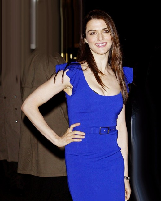 dynamic winter rachel weisz in blue