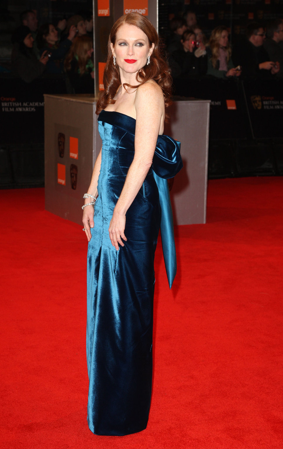 warm autumn julianne moore in blue