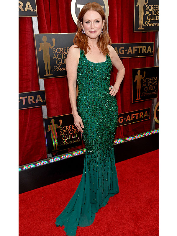 warm autumn julianne moore in green